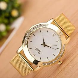 Aukso spalvos kristalinis laikrodis
