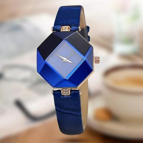 Rankinis moteriškas laikrodis